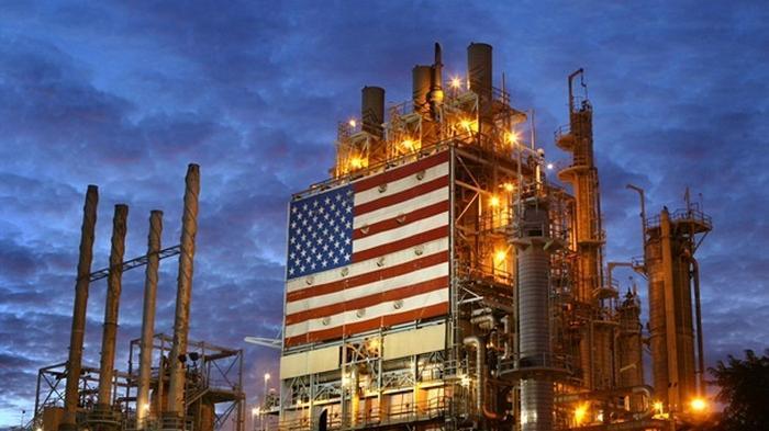 Нефть резко подорожала на фоне падения запасов в США