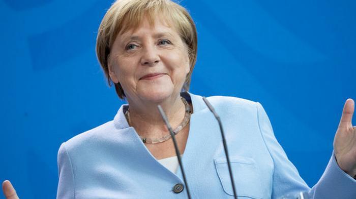 Мировые лидеры. Больше всего в мире доверяют Меркель, меньше всего — Трампу: опрос