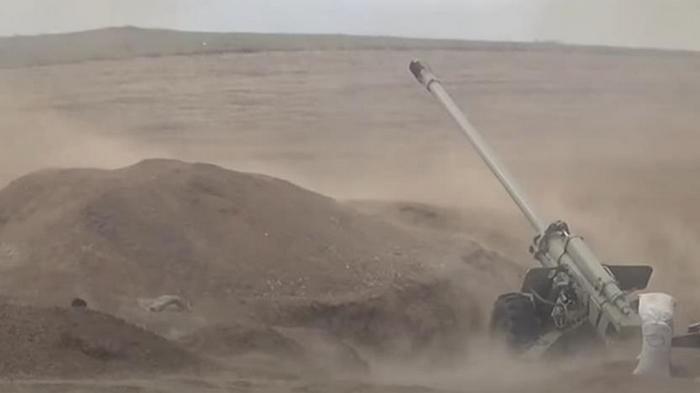 Азербайджан опубликовал видео обстрелов
