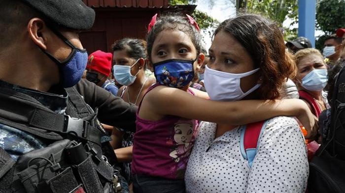 Из Гватемалы выслали свыше 3 тыс нелегальных мигрантов