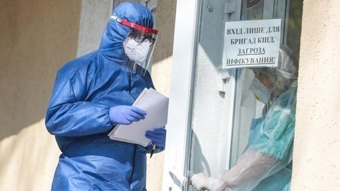 В Украине снова более 5000 случаев COVD-19
