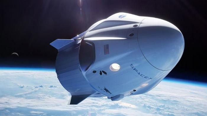 NASA отложило первый контрактный полет Crew Dragon к МКС