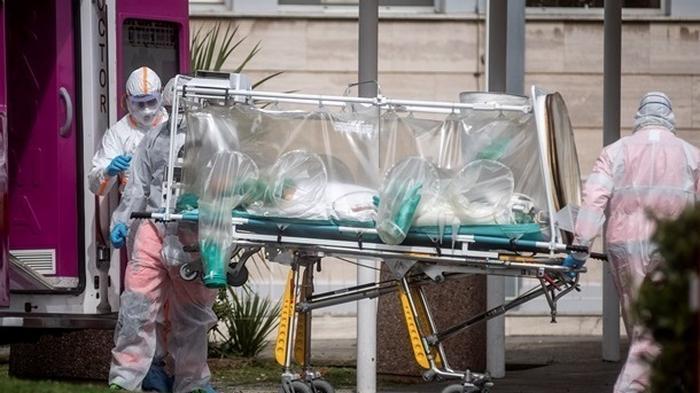 Рекорд COVID-19: за сутки 400 тысяч инфицированных