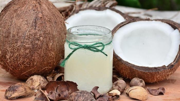 Кокосовое масло полезно от COVID-19 - ученые