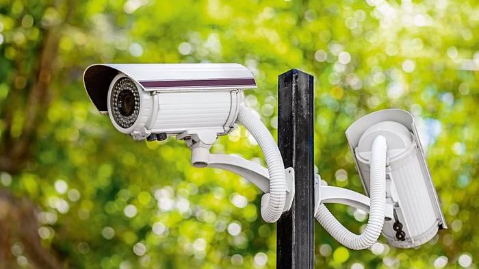 Организация видеонаблюдения: какое оборудование выбрать?