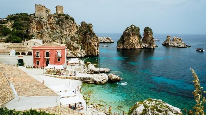 В Сицилии продают дома по цене гамбургера