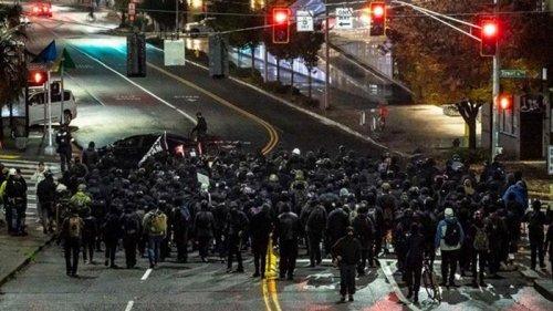 В США начались протесты против результатов выборов (видео)
