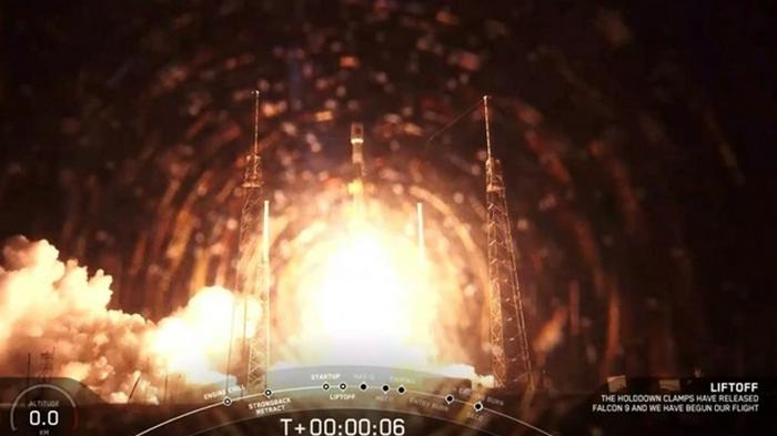 SpaceX запустила новейший военный GPS-спутник