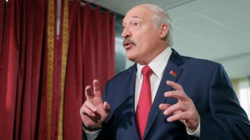 Лукашенко о беларуских врачах, уезжающих за границу: Уехал – назад не вернешься
