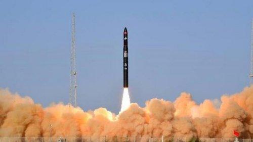 В Китае впервые запустили частную ракету-носитель CERES-1 (видео)