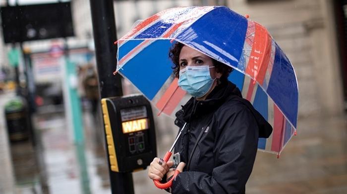 В Британии впервые с мая более 500 смертей от коронавируса