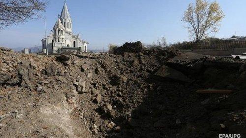 Азербайджан ввел комендантский час на территории Карабаха