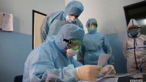 В Украине впервые более 11 тысяч случаев COVID-19
