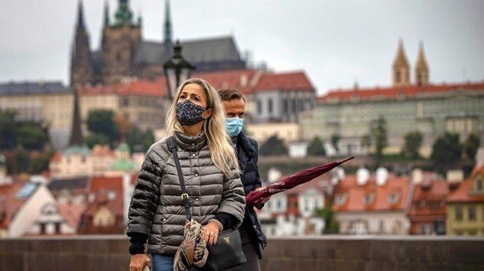 Чехия - лидер в Европе по смертности от COVID-19