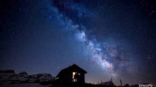 В Млечном пути нашли огромную мертвую галактику