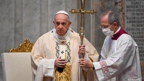 Думают только о себе: Папа Франциск упрекнул противников масок