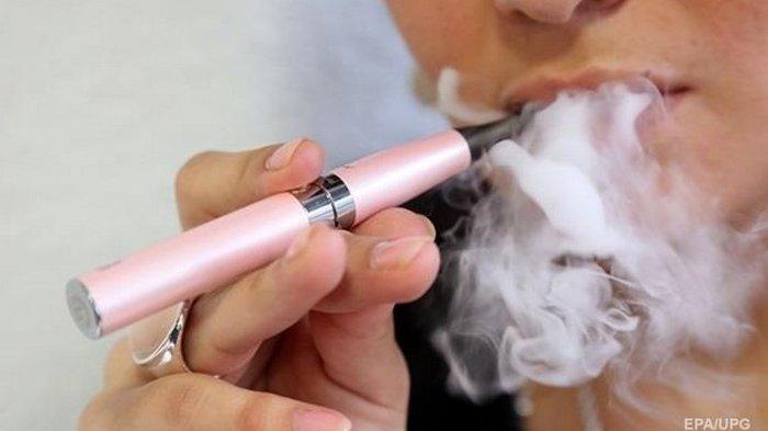 В Украине запретили продавать е-сигареты детям