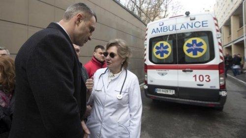 Ведущую инфекционистку Украины госпитализировали с COVID-19