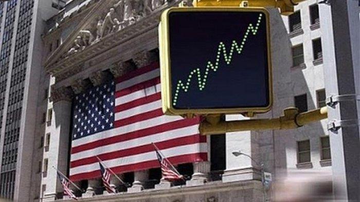 Курс доллара упал до двухлетнего минимума