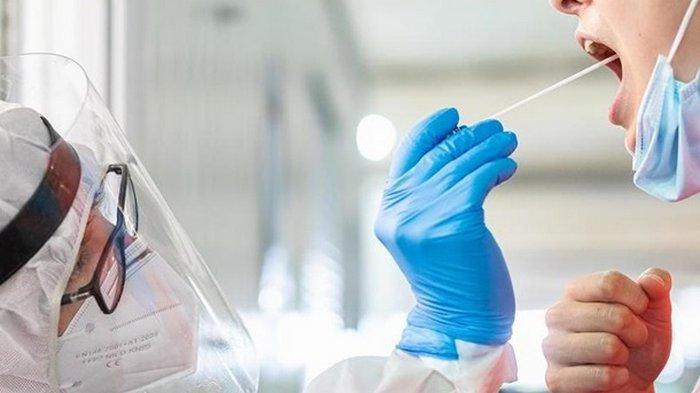 В Минздраве пообещали проводить больше COVID-тестов