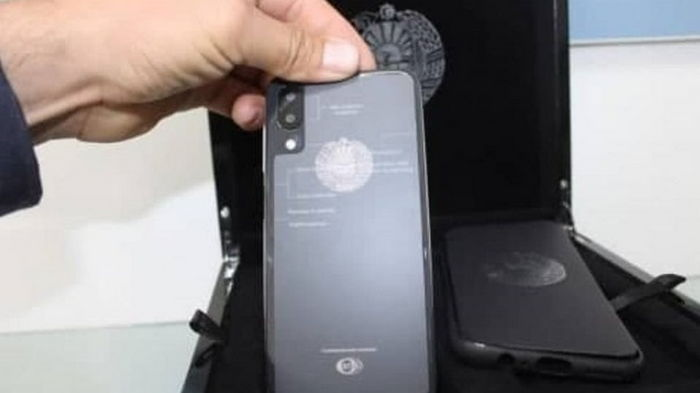В Центральной Азии появились смартфоны Узбекистон