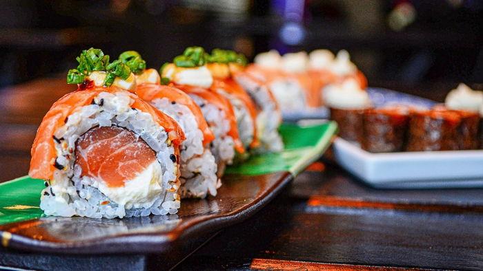 З чим їдять суші