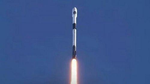 SpaceX получила контракт на запуск спутников Пентагона