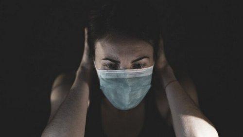 Карантин будет долгим: врач дал неутешительный прогноз
