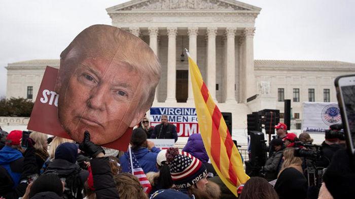В Вашингтоне прошли стычки сторонников Трампа с полицией