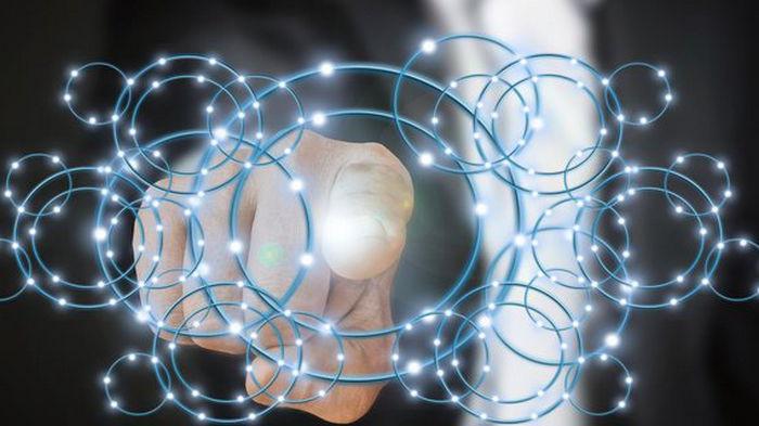 Технологии как искусство. В США создали нейронную сеть – она превращает текст в картинки (видео)