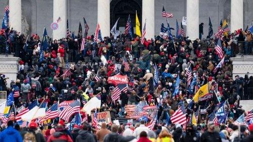 Мир отреагировал на беспорядки в Вашингтоне