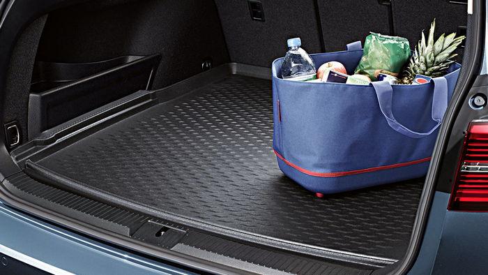 Правила выбора коврика в багажник авто