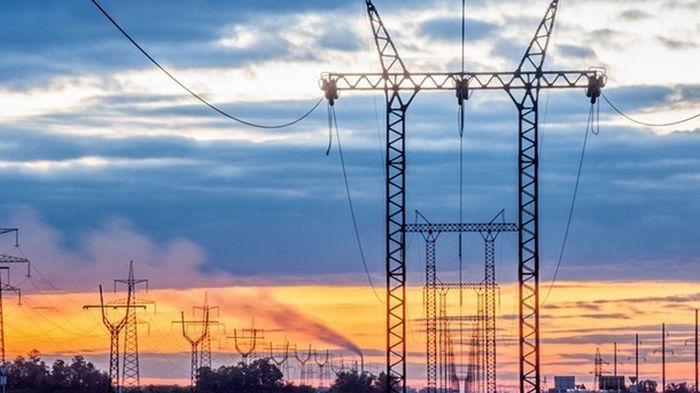 В Укрэнерго отрицают возможность веерных отключений электричества