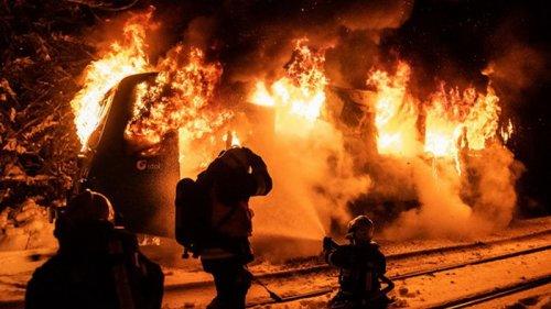 В Чехии на ходу загорелся пассажирский поезд (фото)
