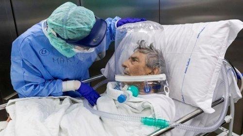 В Бразилии медики выбирают, кого из COVID-больных спасать