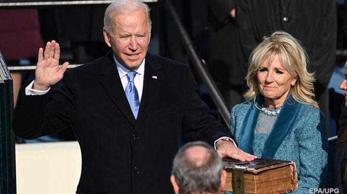 Байден принял присягу президента США