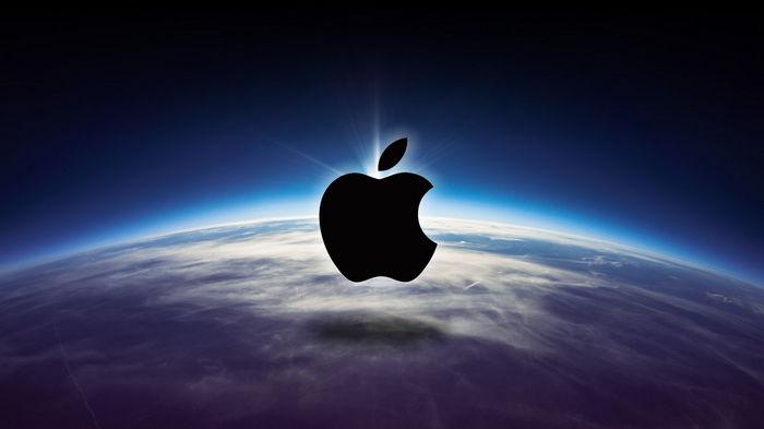 Apple разрабатывает iPhone со складным экраном и вводит платную подписку на подкасты – Bloomberg