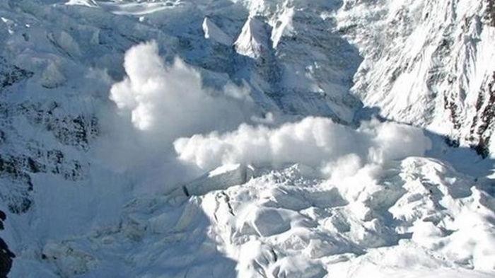 В Австрии четыре туриста погибли во время схождения лавин