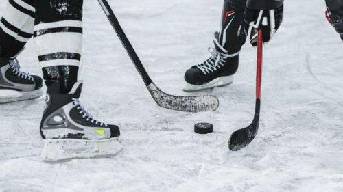 Чемпионат мира по хоккею проведут только в Риге