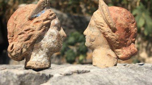 В Турции нашли десятки фигурок возрастом 2000 лет (видео)