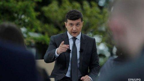 Зеленский поручил запустить спецподготовку инженеров-конструкторов