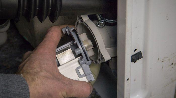 Сливной насос для стиральной машины: описание и устройство