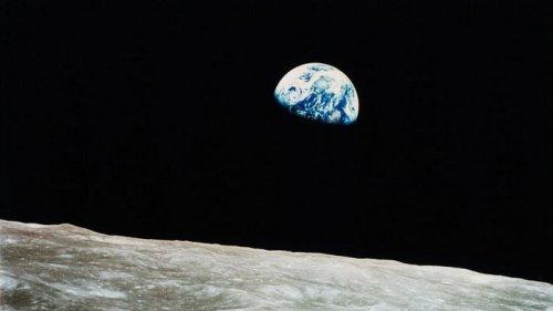Илон Маск заложит фундамент форпоста людей около Луны: получил контракт от NASA (видео)