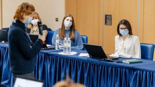 ВОЗ начала в Украине тренинги по COVID-вакцинации