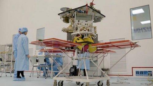 В Госкосмосе рассказали о готовности спутника к запуску