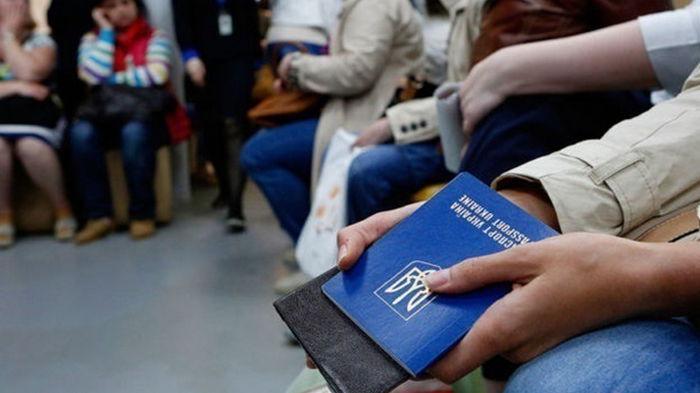 За год более 300 украинцев попросили убежище в Польше
