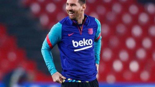 Месси забивает более 20 голов за Барселону 13-й сезон подряд