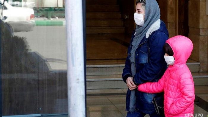 В Киеве за сутки COVID-19 заболели 454 человека