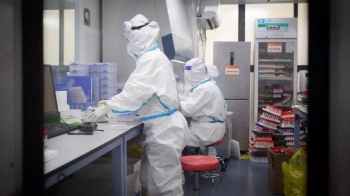 Число случаев COVID-19 в мире превысило 111 млн