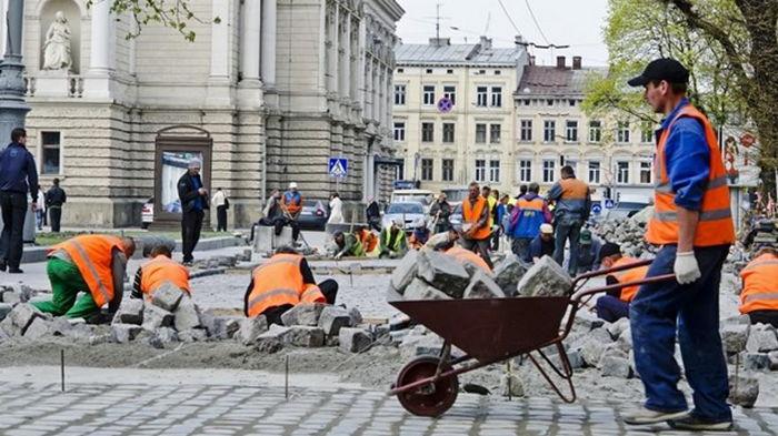 Украинцы могут трудоустроиться только в Польше и Чехии – СМИ